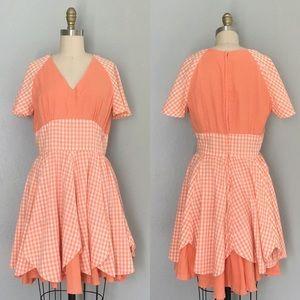 Vintage gingham 60s flowy dress